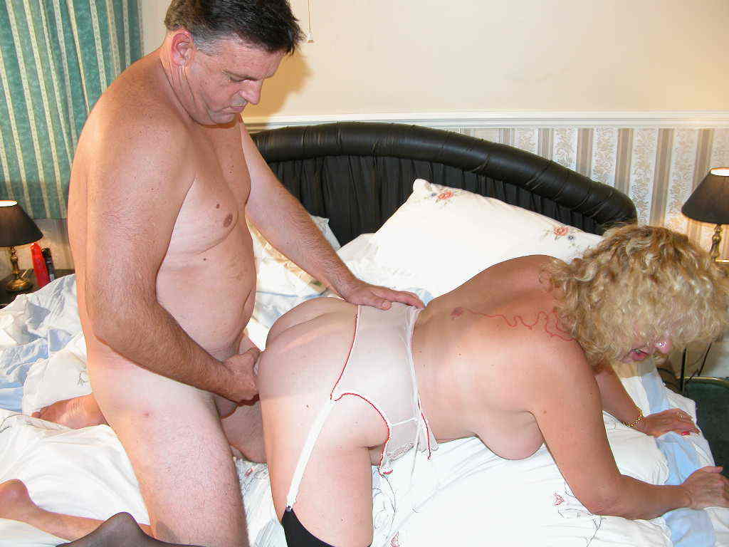free videos of mature couples screwing